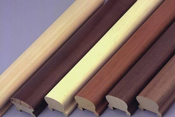 Corrimano in legno in varie essenze zega legnami roma for Corrimano in legno roma